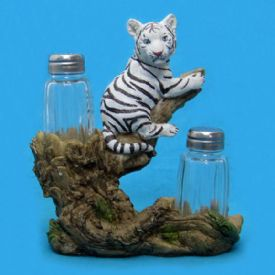 Tiger Salt And Pepper Set - Salt And Pepper Shakers Distributor
